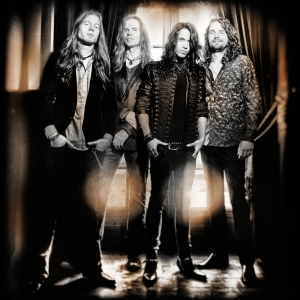 Vandenberg's_MoonKings_band_10_credit_Stefan_Schipper lo res photo